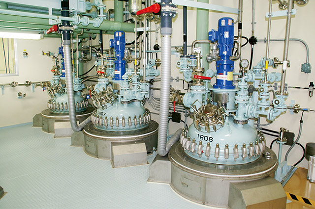 Investigational Medicinal Production Facility (Glass Lining Reactor Equipment)